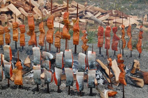 Yurok-Native-American-Tribal-Smoked-Salmon-1024x680